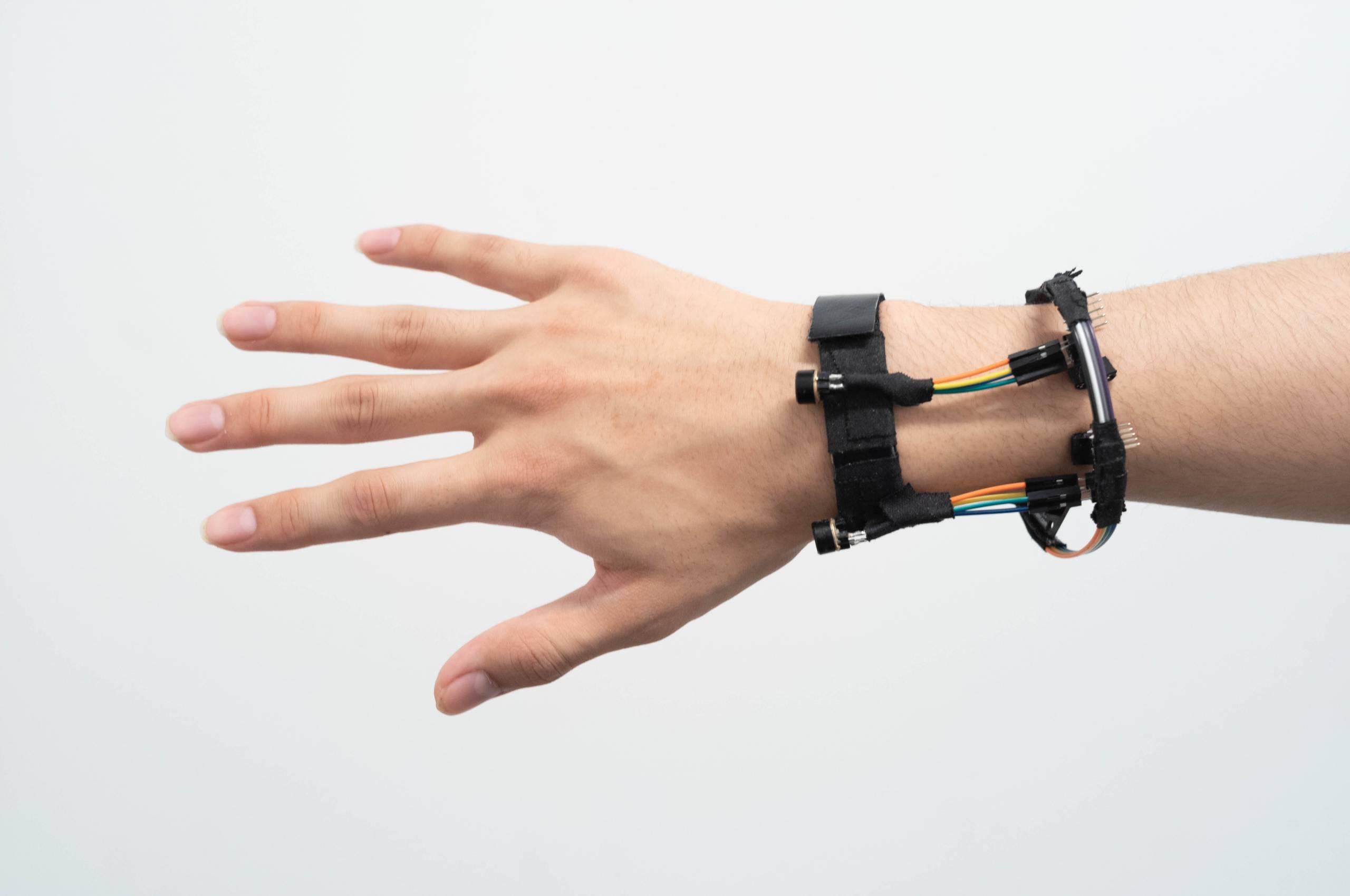 The FingerTrak bracelet